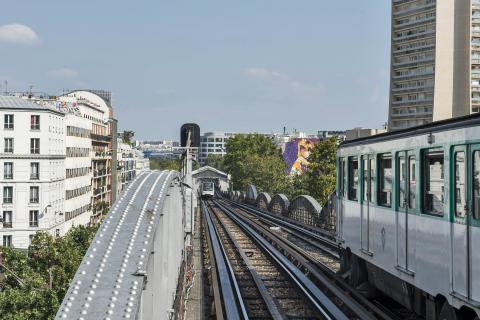 Metro and RER: increasing passenger capacity and safety